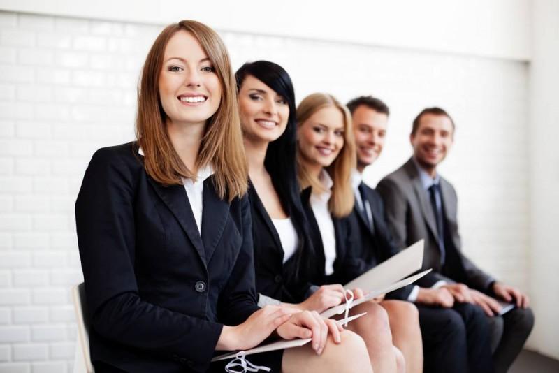Find de vigtigste medarbejdere med hjælp fra en headhunter